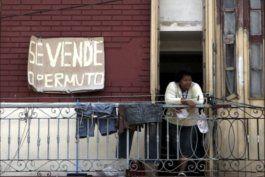 alertan que no es casualidad la suspension de compra venta de viviendas durante el ultimatum al dolar