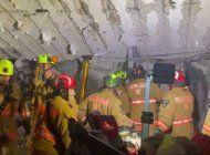 bajo el agua y rodeados de escombros: los trabajos contrarreloj en busca de sobrevivientes en miami