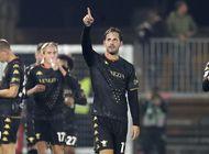 venezia vence 1-0 a fiorentina para primer triunfo en casa