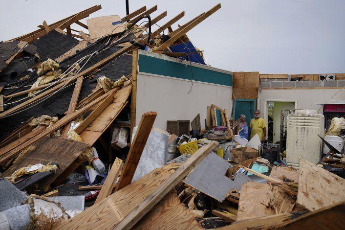 Unas 430.000 personas en Luisiana siguen sin electricidad