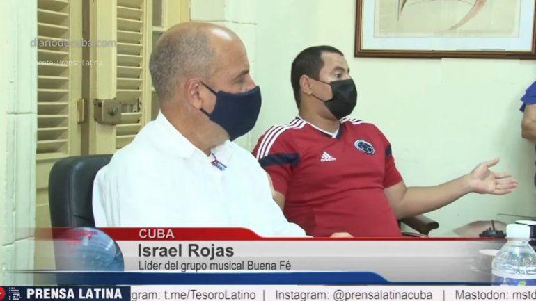 Israel Rojas junto al profesor Lazo acusa a los cantantes populares en Cuba de confundir a la juventud al hablar contra la Revolución