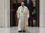 papa muestra vergüenza por escala de los abusos en francia