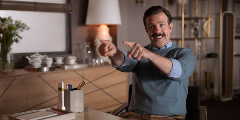 Emmys: Expertos de AP favorecen a The Crown y Ted Lasso