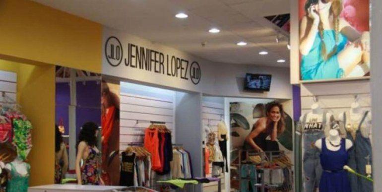 Nueva boutique de La Habana vende marca de ropa JLo