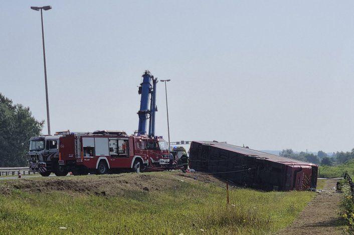 Croacia: 10 muertos, 30 heridos en accidente de autobús