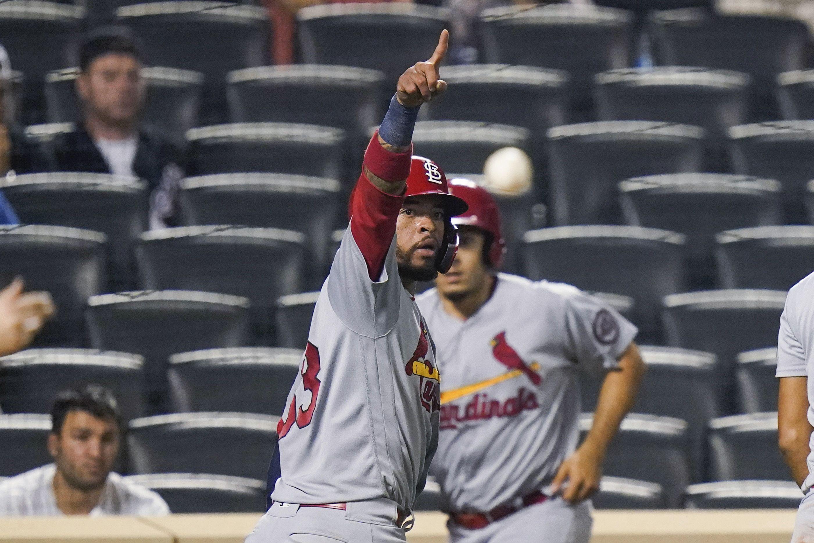 cardenales superan a mets y estan en puestos de playoffs