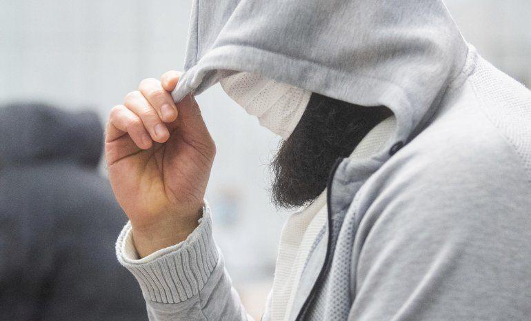 Alemania condena a imán radical por pertenencia a grupo EI