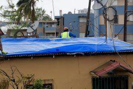 El gobierno solicitó algunas ayudas de FEMA 40 días después del paso del huracán María