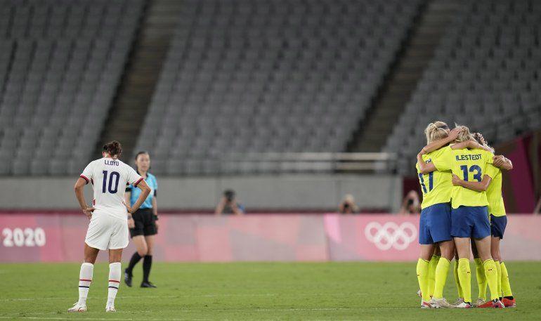 Suecia sorprende a EEUU, Marta hace historia con Brasil