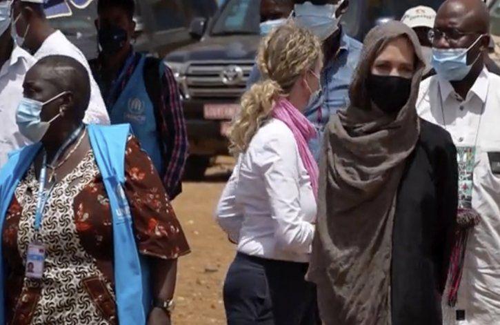 Jolie visita Burkina Faso como enviada especial de la ONU