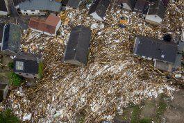 suben a mas de 150 los muertos en inundaciones en europa