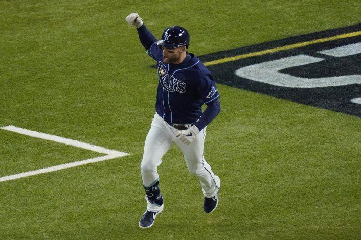 Rays dejan en el terreno a Dodgers y empatan Serie Mundial