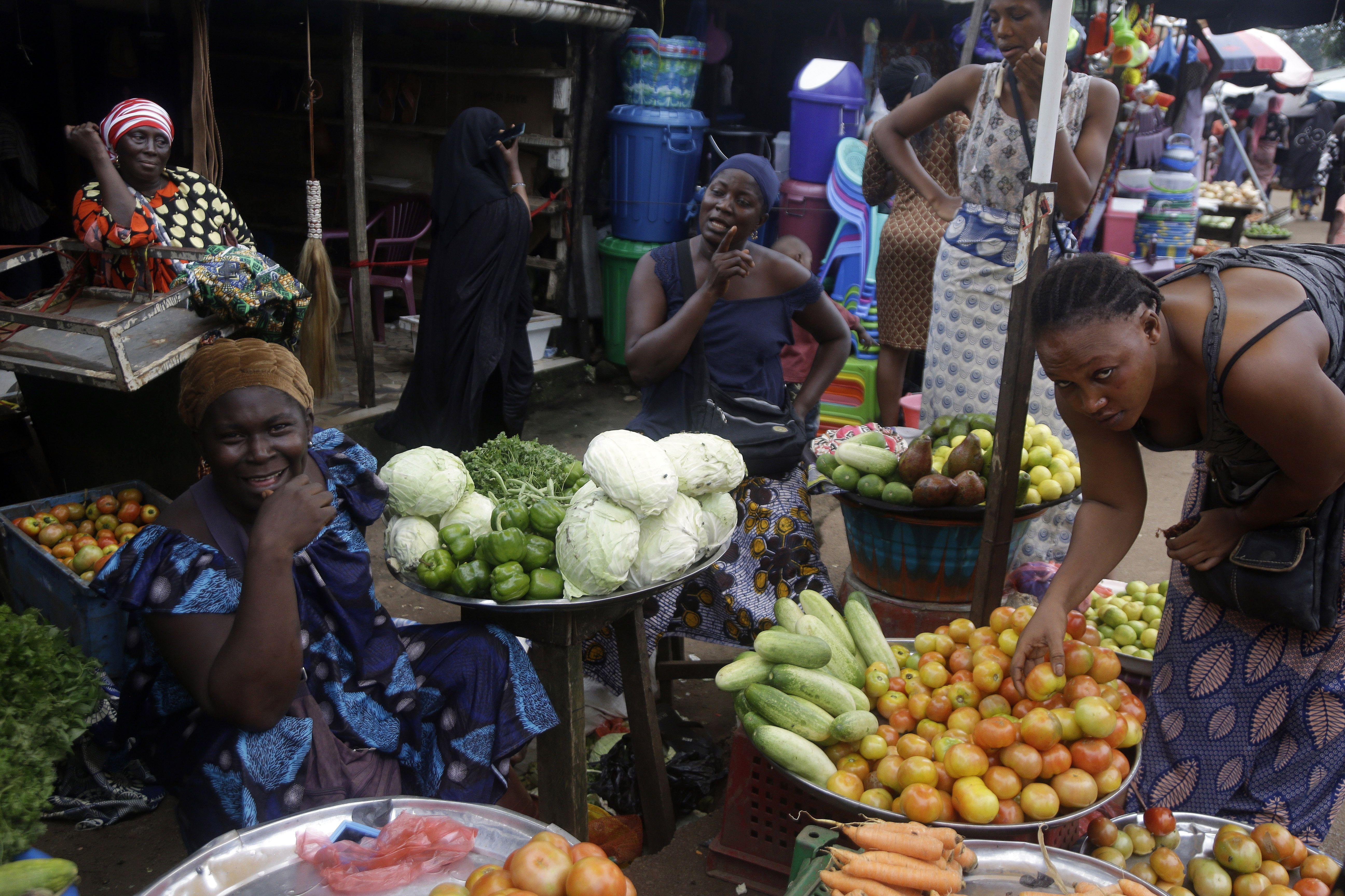 guinea: junta inicia reuniones sobre futuro politico