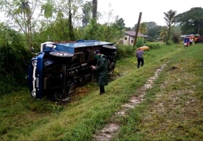 Accidente masivo en Santiago de Cuba deja 15 lesionados, dos de ellos grave