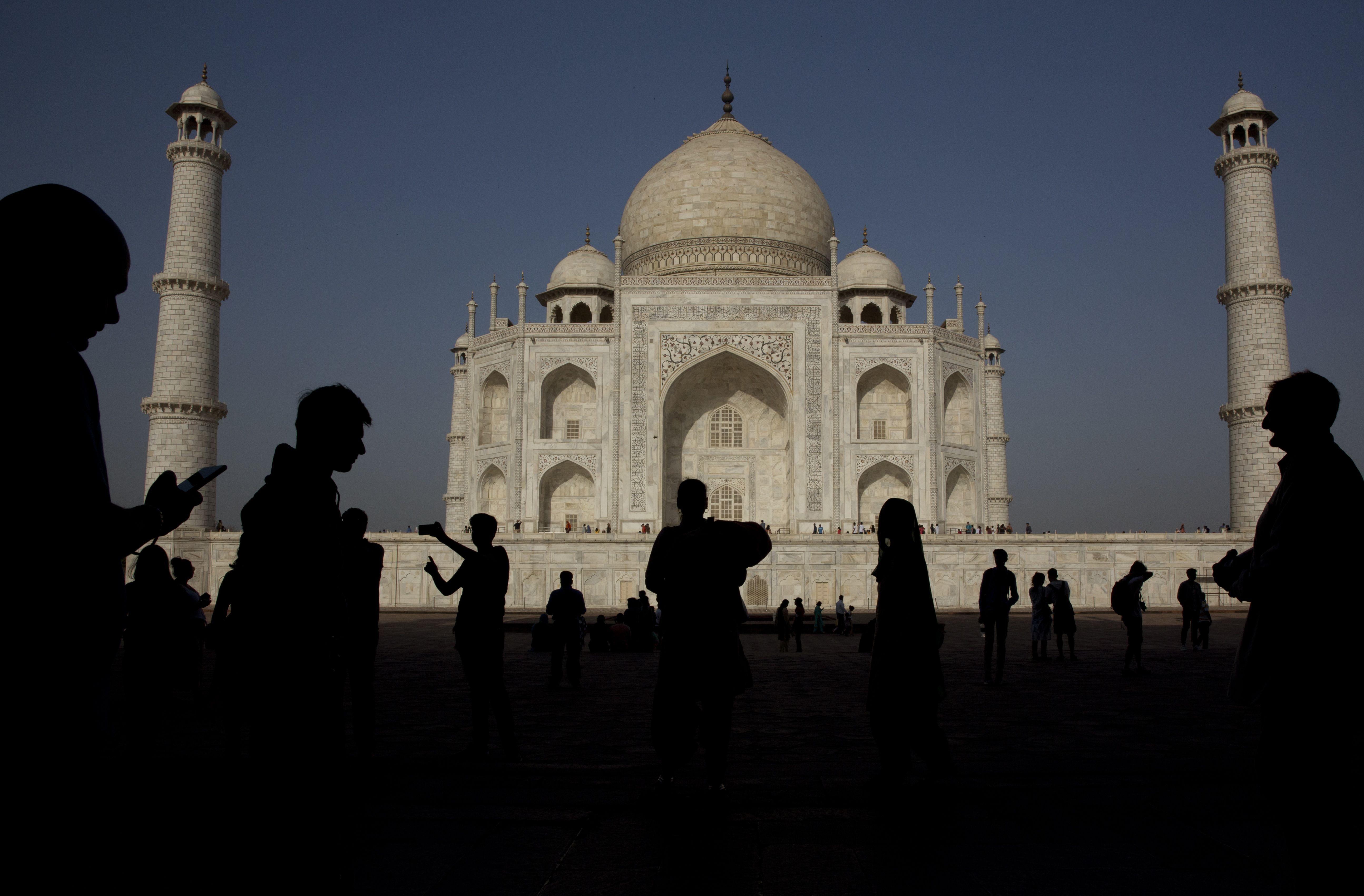 india recibe a turistas extranjeros ante caida de contagios