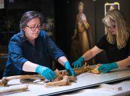 esqueletos de era de los vikingos se reuniran en exposicion