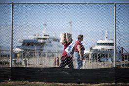 encuentran violaciones de derechos humanos en sistema de transporte maritimo