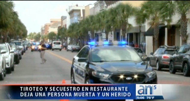 Empleado de restaurante en Charleston asesina a una persona y toma a clientes de rehenes