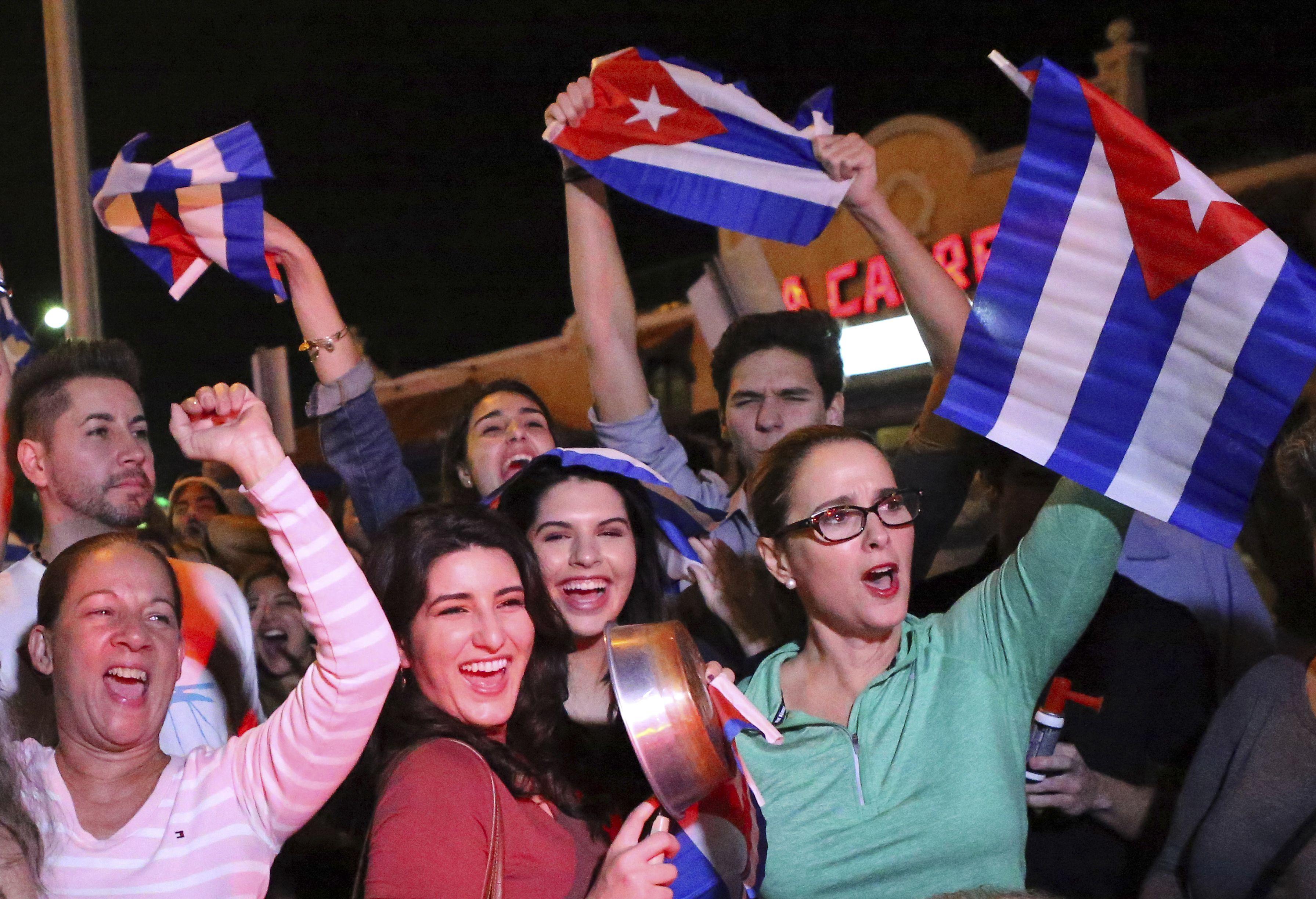 Jóvenes cubano-estadounidenses buscan su papel en Cuba