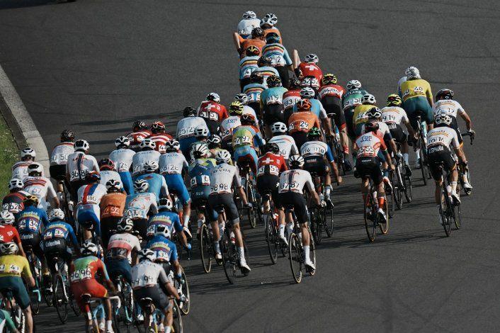 Carapaz le da Ecuador su primero oro en el ciclismo olímpico