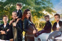 Nacho junto a su ex y sus hijos. (Cortesía)