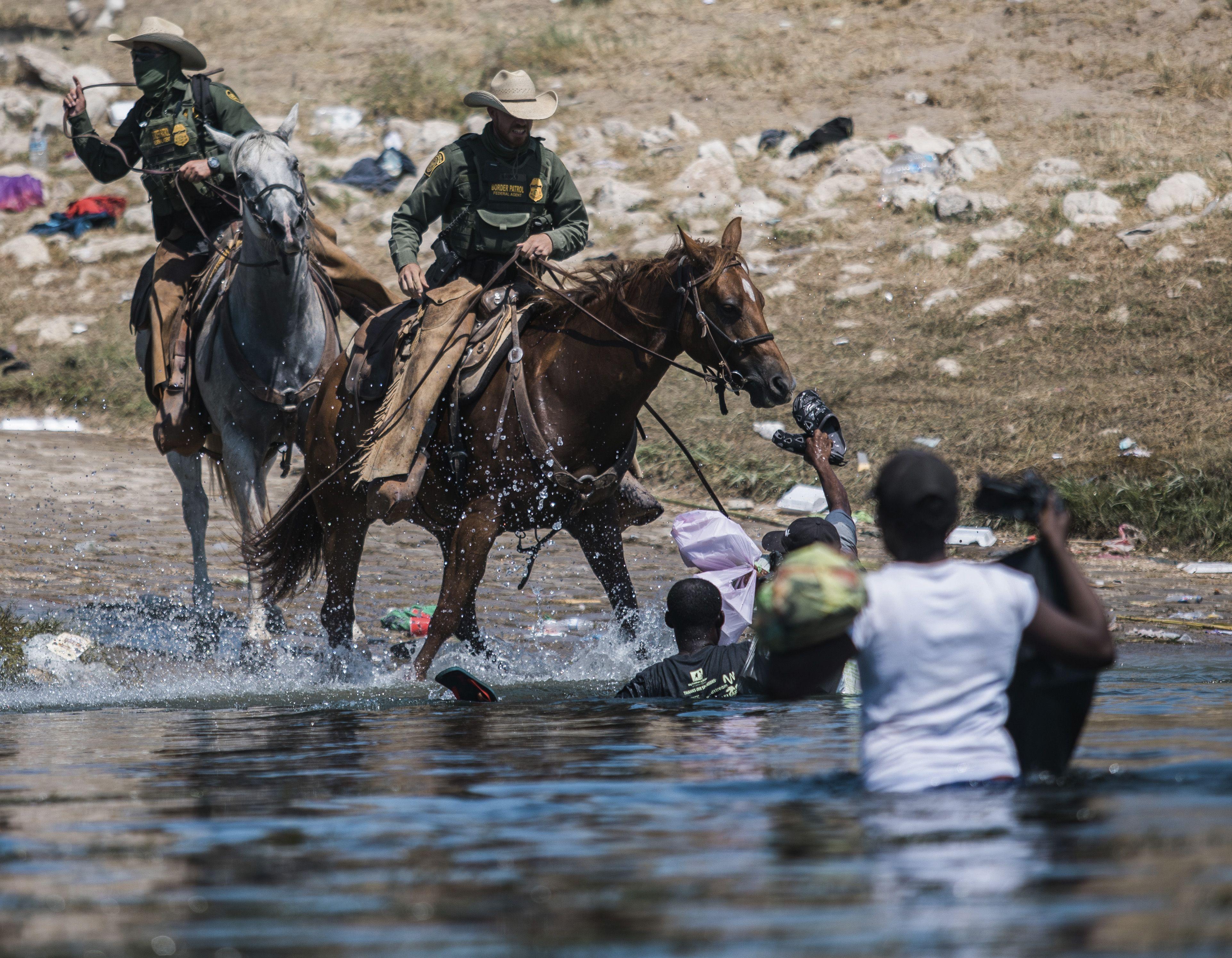 mayorkas horrorizado por imagenes de campamento migrante
