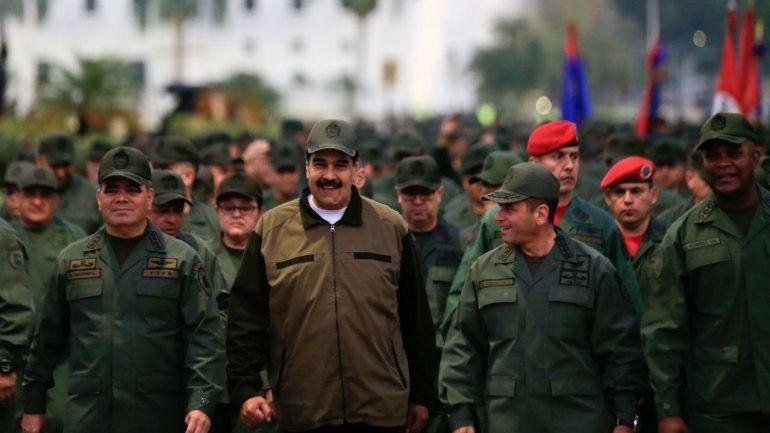 James Story: Maduro mantiene en miseria a sus propios militares