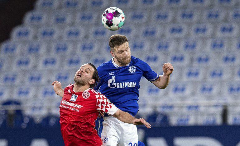 Schalke iguala 0-0 ante Mainz y está más cerca del descenso