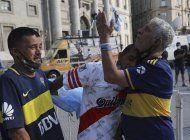 pueblo maradoniano despide al idolo con liturgia futbolera