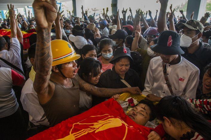 Brutal represión en Myanmar podría empeorar