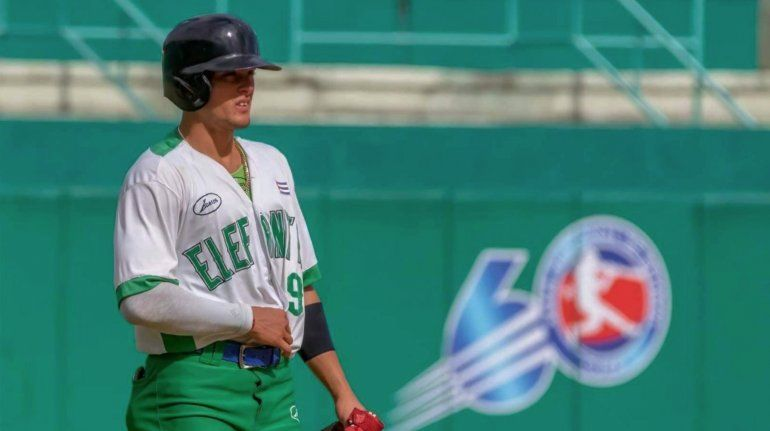 César Prieto iría a República Dominicana antes de saltar a MLB