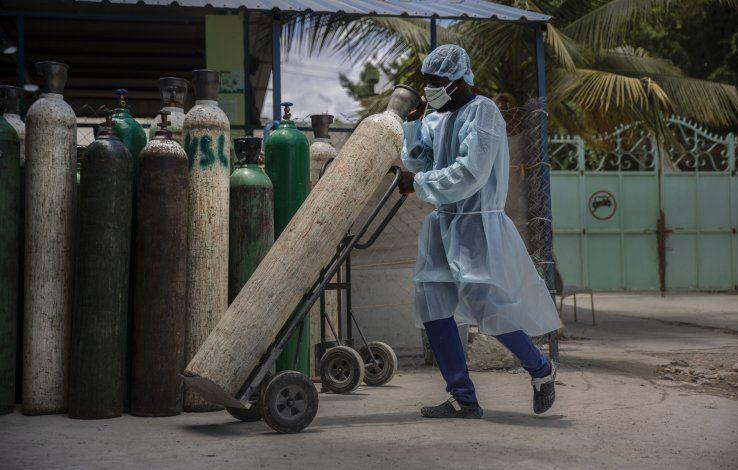 Haití sigue sin recibir vacunas contra COVID-19