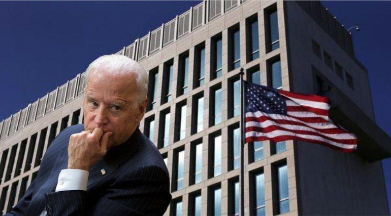 Biden revisa planes para aumentar personal en embajada y envío de remesas a Cuba