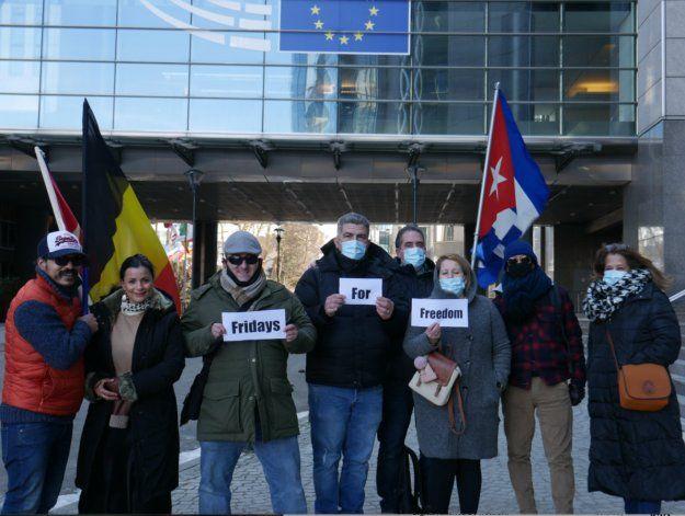 Exiliados piden en Bélgica apoyo a la causa por la libertad de Cuba