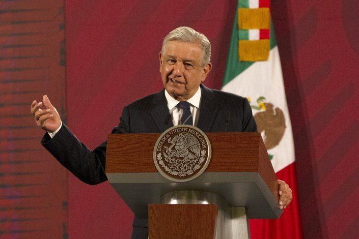 El partido oficialista mexicano: caos a la sombra del líder