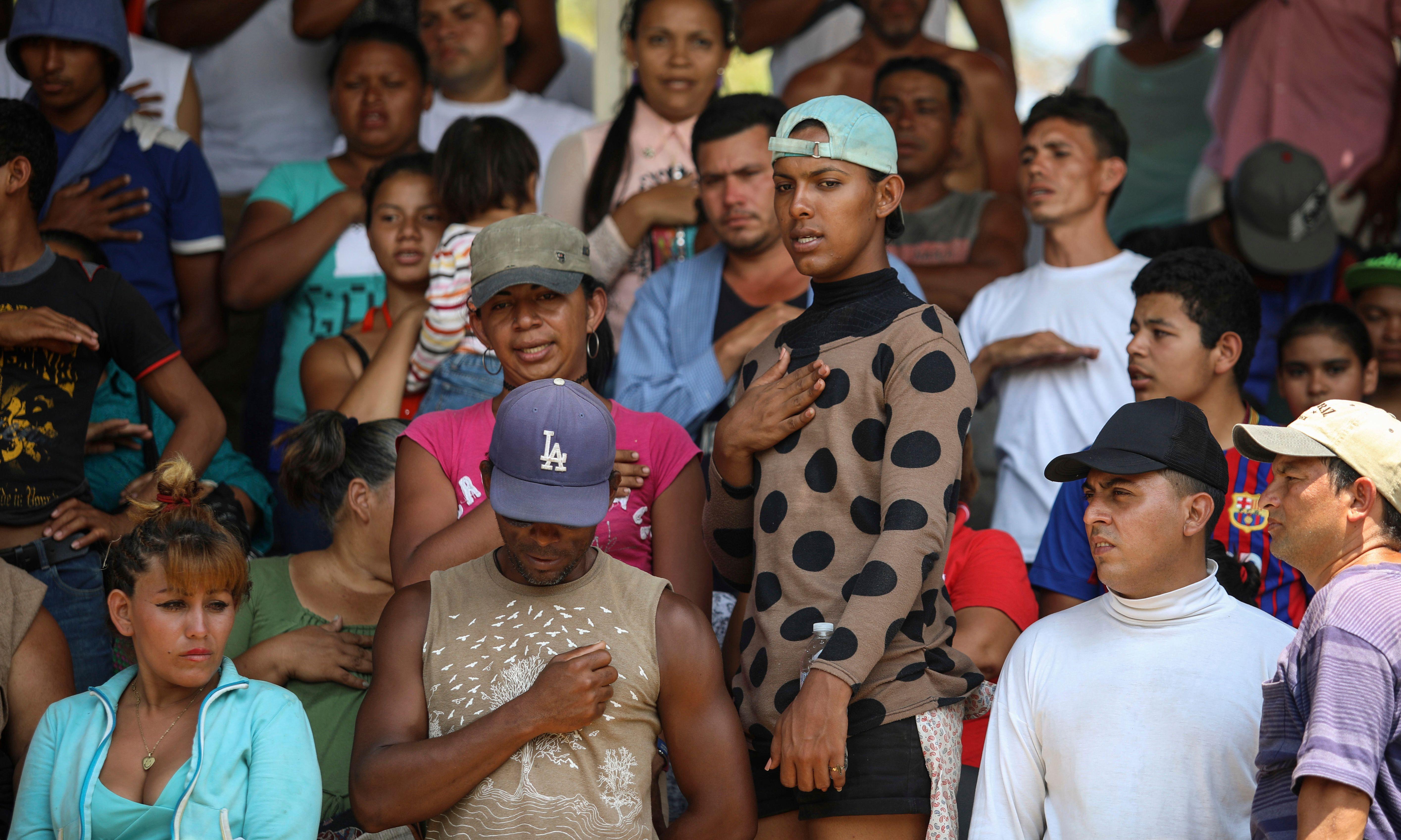 Caravana de migrantes está detenida en el sur de México