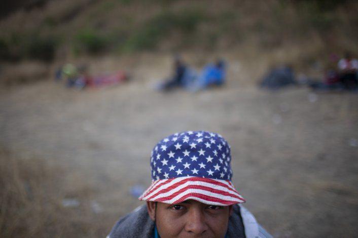 Se disuelve caravana de migrantes hondureños en Guatemala